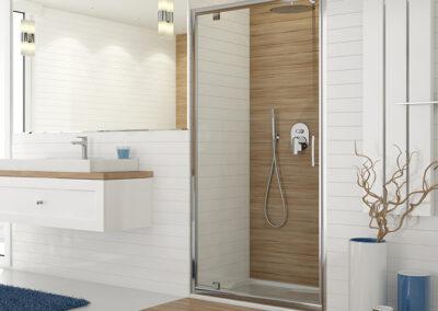 Átlátszó, ezüst keretes zuhanyajtó, 70 cm-től