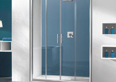 Átlátszó, ezüst keretes zuhany tolóajtó, 130 cm-től