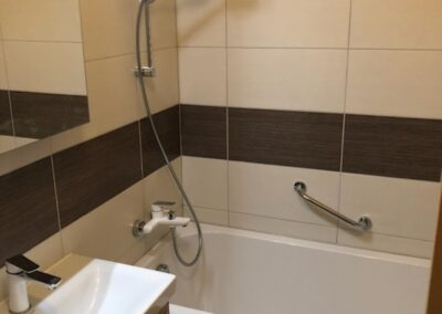 Újfürdő fürdőszoba felújítás referencia - P. Katalin
