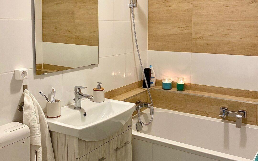 Gyarmati Beáta – Társasházi fürdőszoba felújítás