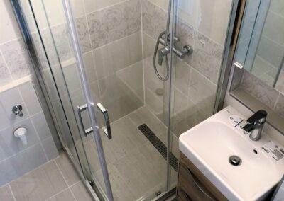 Újfürdő fürdőszoba felújítás referencia - R. Kamilla