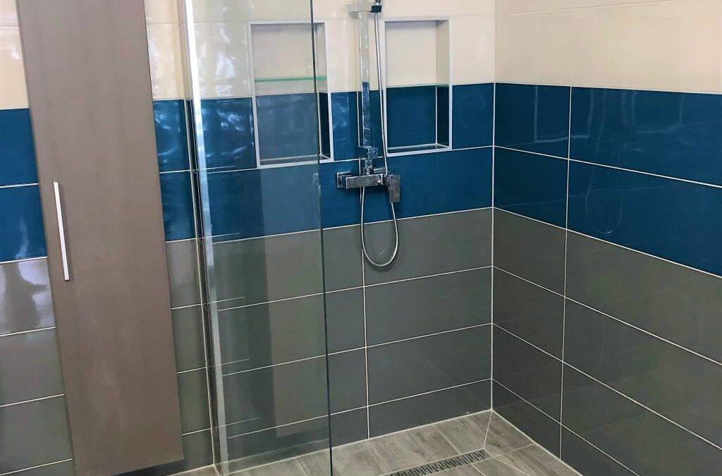 K. Adams – Családi ház fürdőszoba felújítás