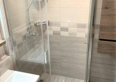 családi ház, fürdőszoba, felújítás, kivitelezés, megvalósítás